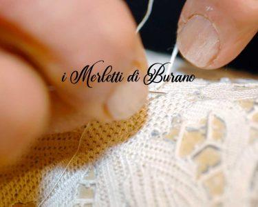 Burano, l'isola del merletto: un'arte secolare amata da nobili e re