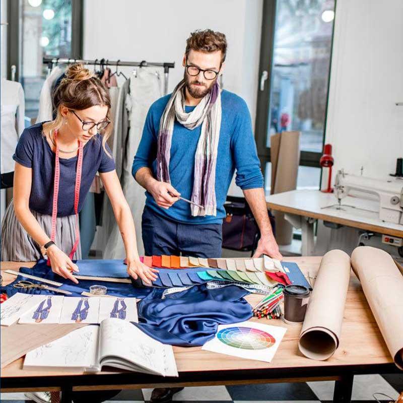 Produzione della seta Made in Italy.